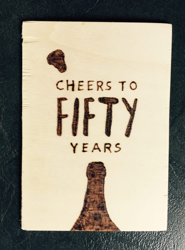 Houten kaart; Cheers to fifty years